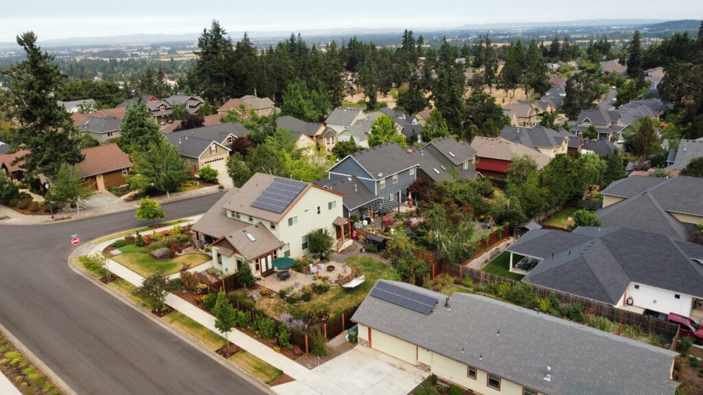 aerial view of solar panel install in Silverton Oregon