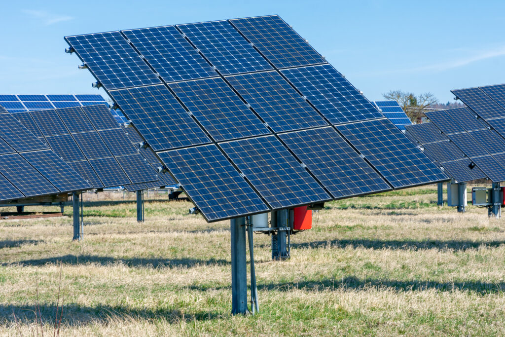 ground mounted commercial solar panel